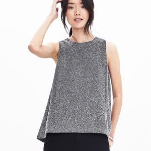 LAST CHANCE Gray Herringbone Tweed Top